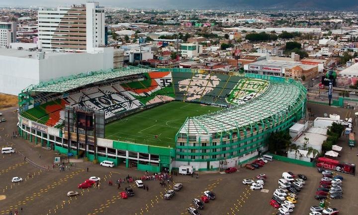 Estadio León (Nou Camp)