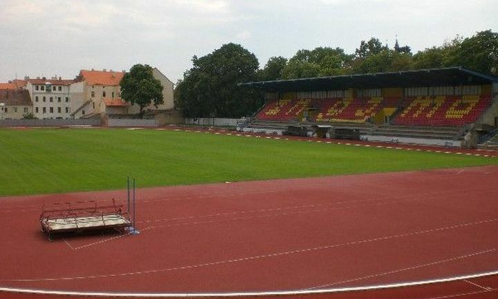 Stadion v Husových sadech