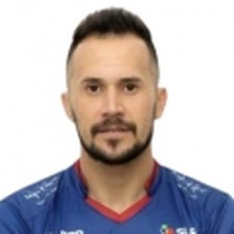 H. Ramírez