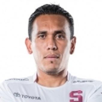L. Pérez