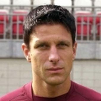 Aleksander Knavs