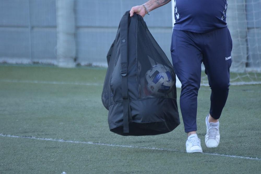 Toni García refuerza al Atlético Sanluqueño CF. BeSoccer