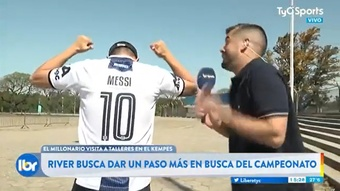 El aficionado que era vecino de Messi. Captura/TyCSports