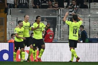 El Borussia quiere hacerse con el delantero Reyes Cleary. AFP