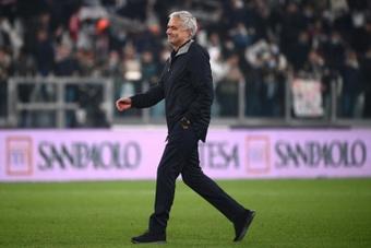 Ataque e castigo de Mourinho depois do desastre.AFP
