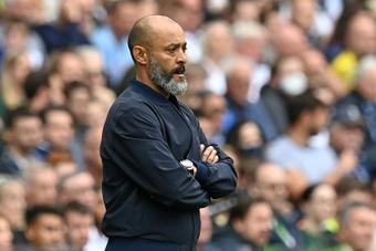 La temporada no marcha bien para el Tottenham de Nuno. AFP/Archivo