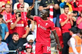 El Liverpool cumple y aprovecha el regalo de Guardiola. AFP