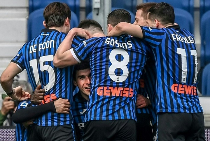 Atalanta trucida o Bologna e deixa Juventus e Milan para trás. AFP