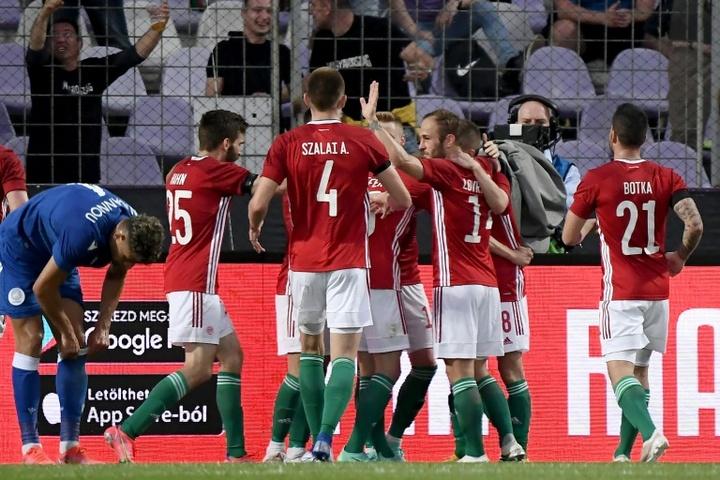 Schafer alarga el buen momento de Hungría. AFP