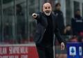 Además de a Pioli, el Milan quiere atar a Theo, Leado y Bennacer. AFP