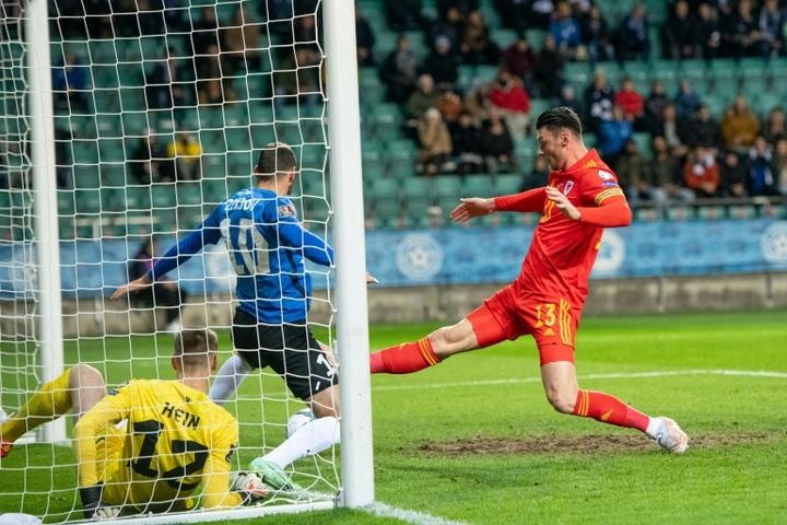 Kieffer Moore fue el encargado de anotar el gol de la victoria ante Estonia. AFP