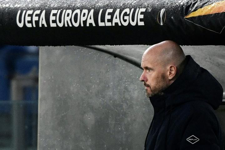 Erik ten Hag contará con la incorporación de Mohamed Daramy. AFP