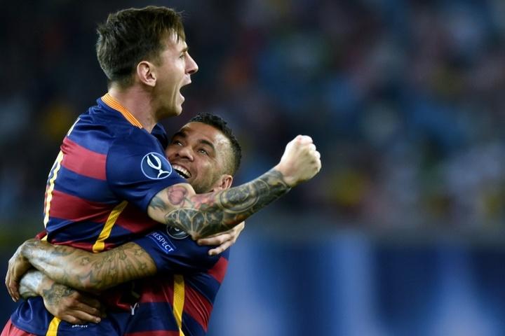 Le conseil de Dani Alves à Messi pour son avenir. AFP