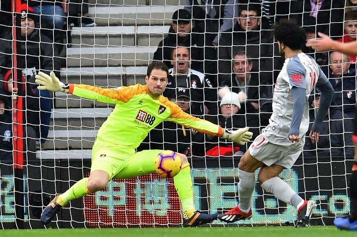 Rafa Benitez intéressé par Begovic comme doublure de Pickford. AFP