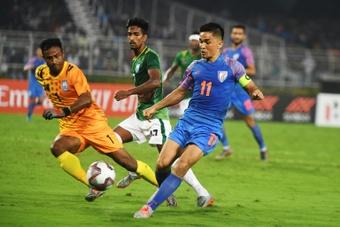 Sunil Chhetri lleva dos goles más que Messi con las selecciones. AFP
