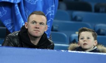 Kai Rooney ya sigue los pasos de su padre. AFP