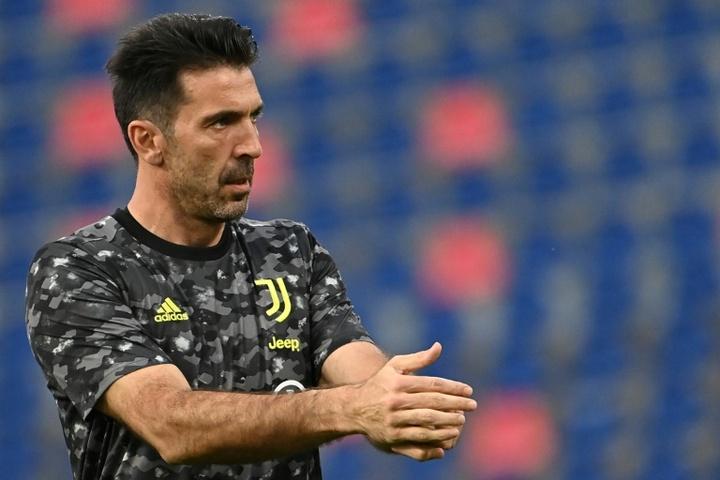 Buffon podría cambiar de técnico en el Parma. AFP