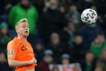 Juventus aparece como opção para Van de Beek. AFP