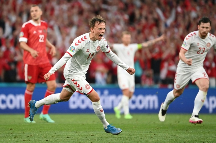 Damsgaard podría recalar en el Milan. AFP