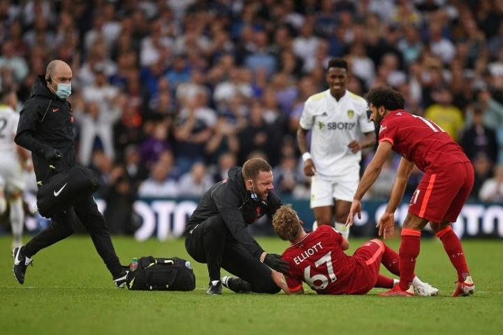 Elliott, en contra de la sanción a Struijk, el jugador que le fracturó el tobillo. AFP