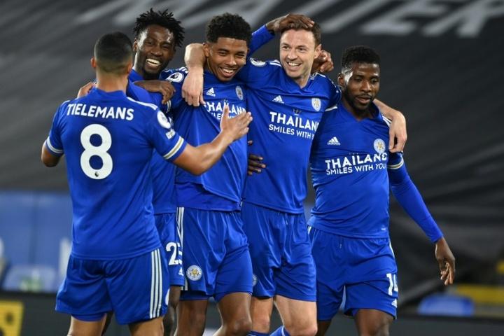 Buksa, o fiel escudeiro de Lewandowski entra na mira do Leicester. AFP