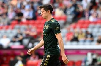 Lewandowski suena para jugar en la Premier League. AFP