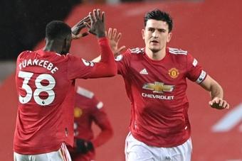 El Manchester United prepara una oferta de renovación para Harry Maguire. AFP