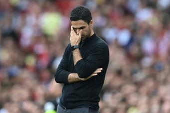 Arteta lamentó lo mal que lo pasó Bruce en sus últimos días como técnico. AFP