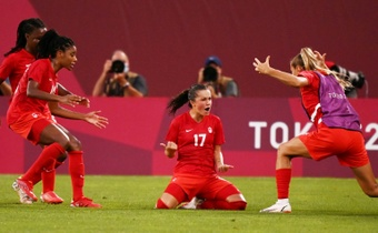 Canada shocked the USA in the women's Olympic football semi-final. AFP