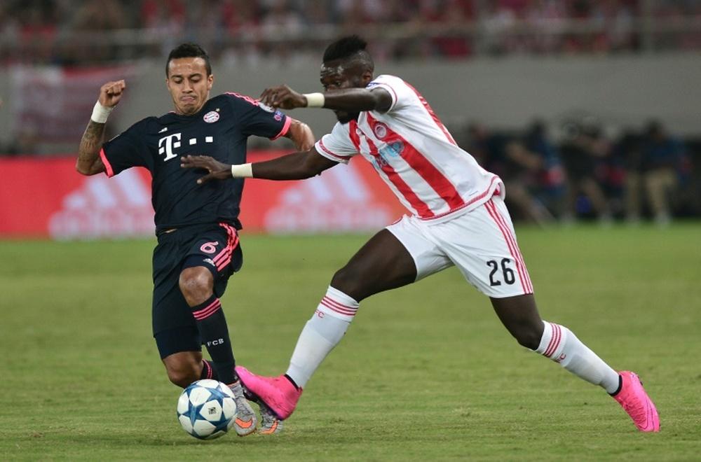 El defensa del Olympiakos disputó el año pasado 32 partidos y aportó un gol y tres asistencias. AFP