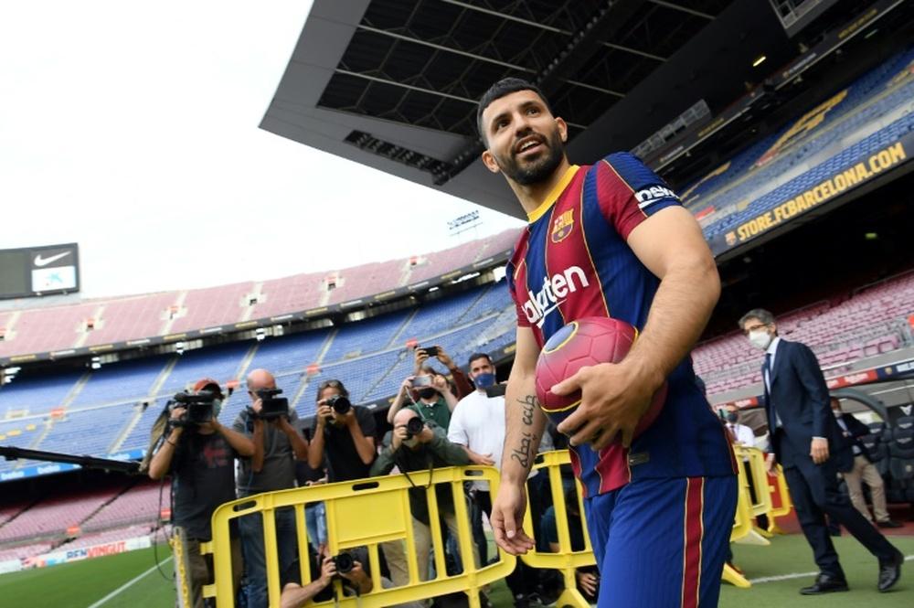 El debut del Kun con el Barça está cada vez más cerca. AFP