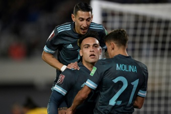 Argentina venció con gol de Lautaro. AFP