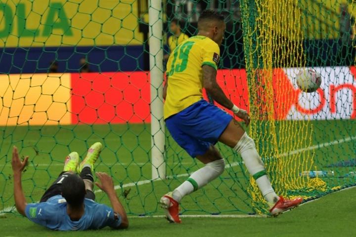 Brasil goleó por 4-1 a Uruguay. AFP
