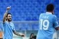 Luis Alberto valuta l'addio alla Lazio a gennaio. AFP