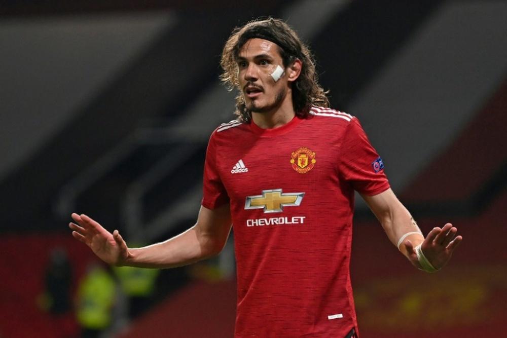Cavani tiene motivos de sobra para dejar el United. AFP/Archivo