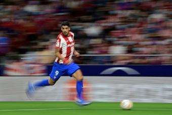 Luis Suárez abordó su futuro como futbolista profesional. AFP/Archivo