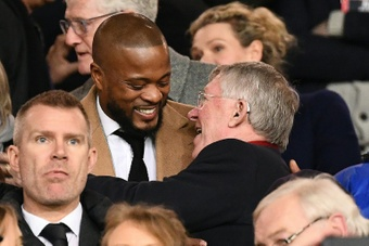 Patrice Evra recordó cómo fue tener a Sir Alex Ferguson de entrenador. AFP