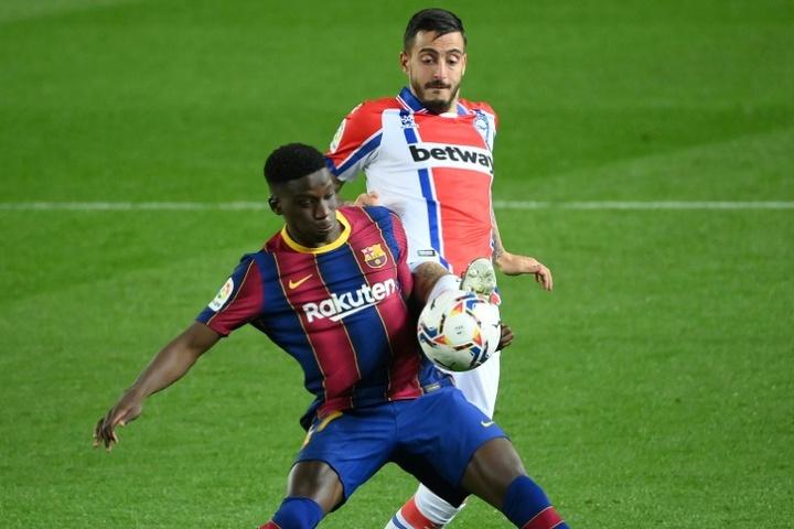 Barça pretende conseguir 15 milhões por Ilaix Moriba. AFP