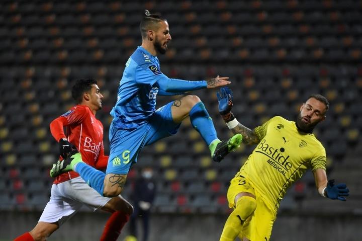 Benedetto podría aterrizar en el Betis. AFP