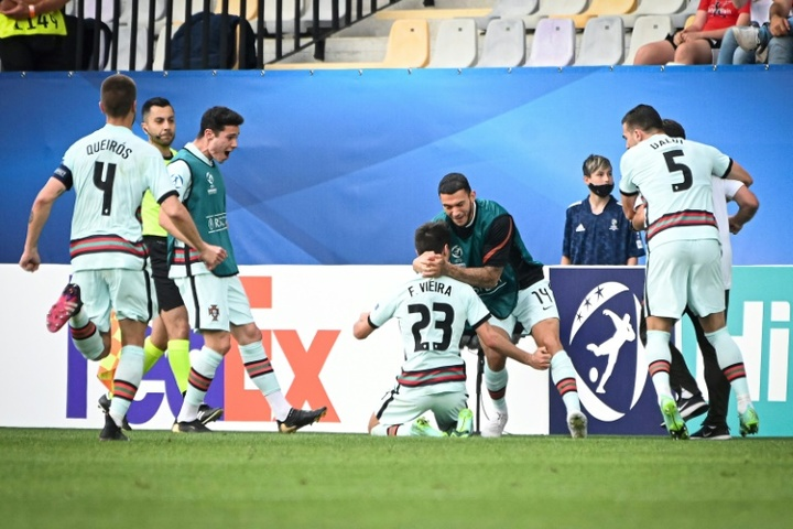 Portugal en finale de l'Euro Espoirs. captura
