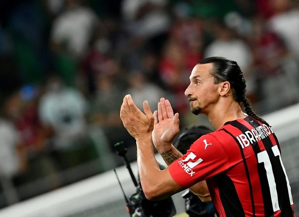 Ibrahimovic poderia voltar ao campo nesse fim de semana. AFP