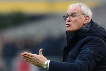 Ranieri apunta al banquillo del Watford. AFP