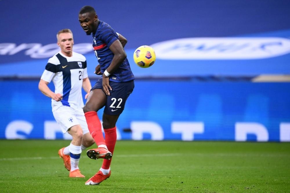 L'attaquant français Marcus Thuram (d) lors du match amical contre la Finlande. AFP