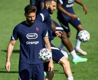 Giroud revient sur son embrouille avec Mbappé. AFP