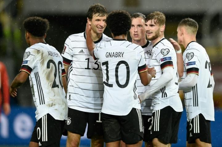 L'équipe d'Allemagne, portée par Timo Werner (2e à droite) auteur d'un doublé. EFE