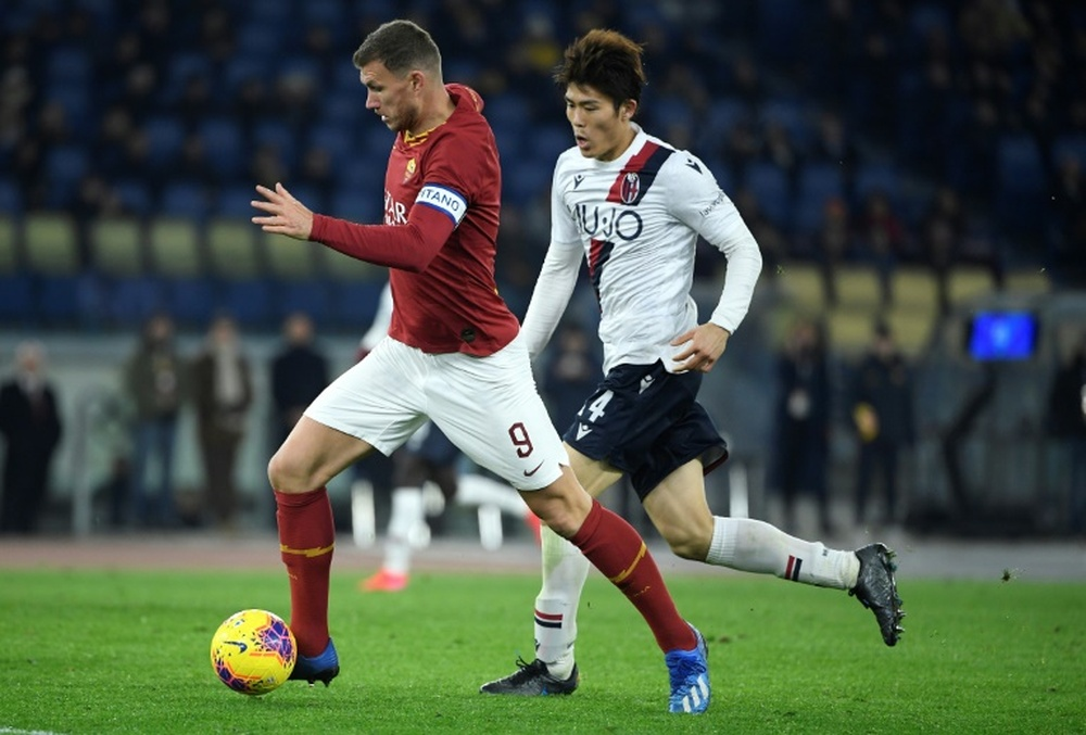Arsenal and Tottenham fight for Tomiyasu. AFP