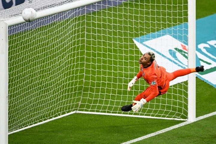 Keylor Navas, casi descartado para la Champions. AFP