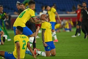 Grêmio oficializa as vendas de Matheus Henrique e Ruan; clube receberá R$ 90 milhões. AFP