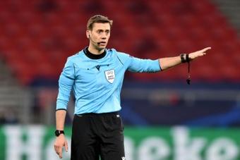 Clément Turpin arbitrera Barcelone-Dynamo Kiev. AFP