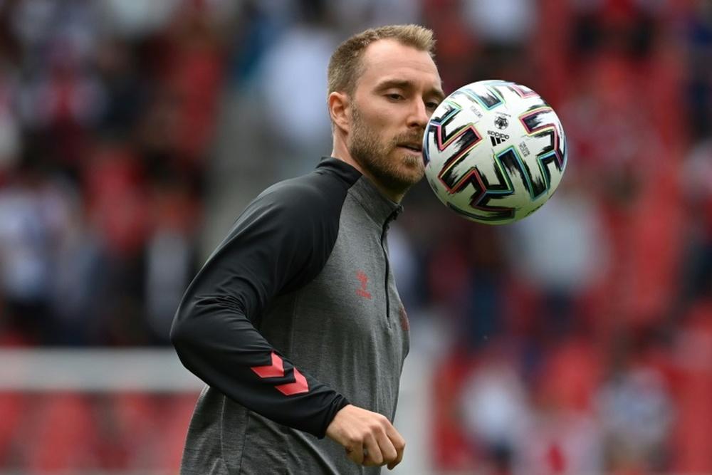 El médico de Eriksen no aseguró su futuro en el fútbol. AFP